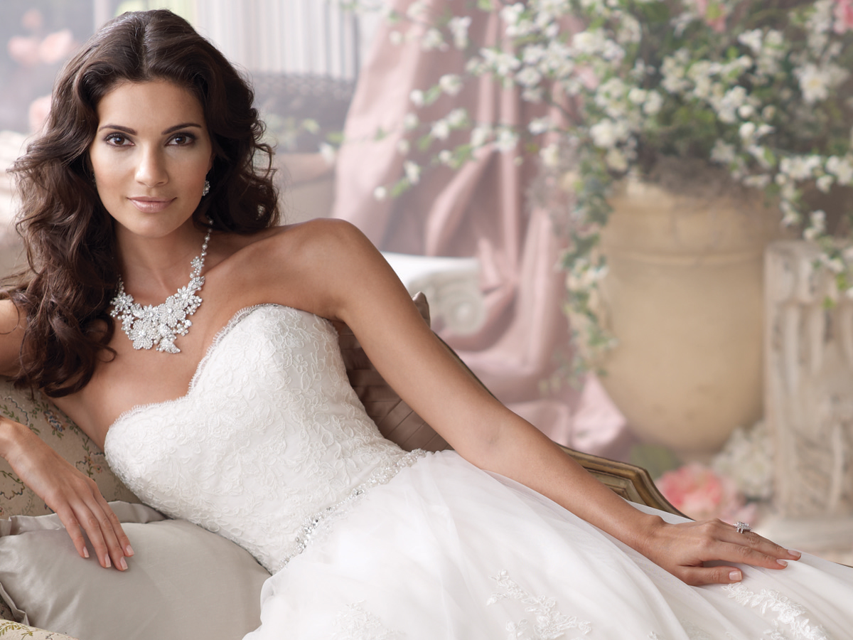 Copyright La Novia Bridal Boutique All Rights Reserved Developed Designed By Wave Advertising